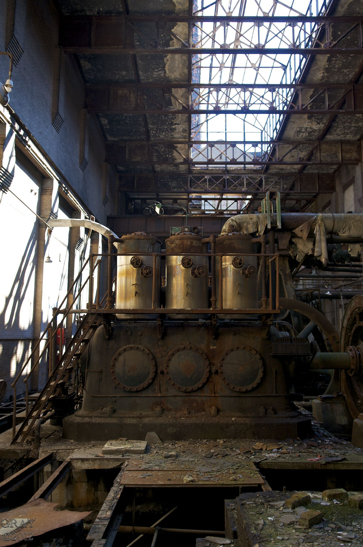 Abandoned Building | Hours of Idleness-A Photographer's ...